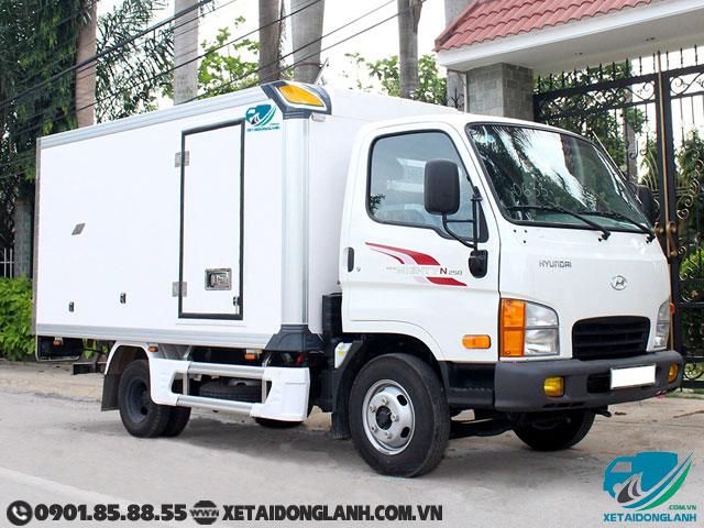 Xe tai Hyundai 1T9 thung bao on new mighty n250